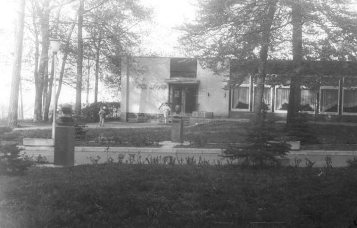 http://www.flugplatz-nohra.de/galerien/Aussengelaende/noh011.jpg